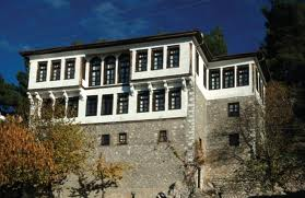 Ρύθμιση για τις αυθαίρετες κατασκευές σε παραδοσιακούς οικισμούς και κηρυγμένα τμήματα πόλεων