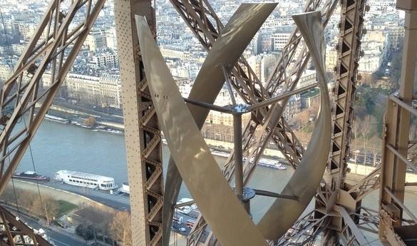 Παραγωγή αιολικής ενέργειας από τον Πύργο του Άιφελ